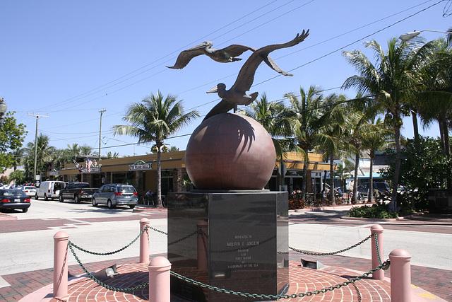 07.PelicanSquare.AnglinPier.LBTS.FL.13March2008