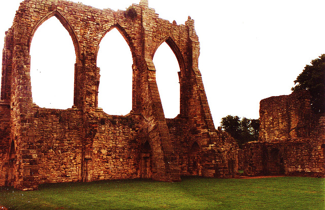 bayham abbey 1430 nave
