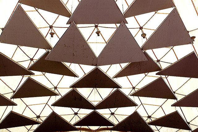 20110206 9624RAw Dreiecke, Gruga-Park