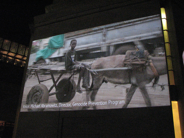 08.FotoWeekDC.NightGallery.Holocaust.SW.WDC.9November2010