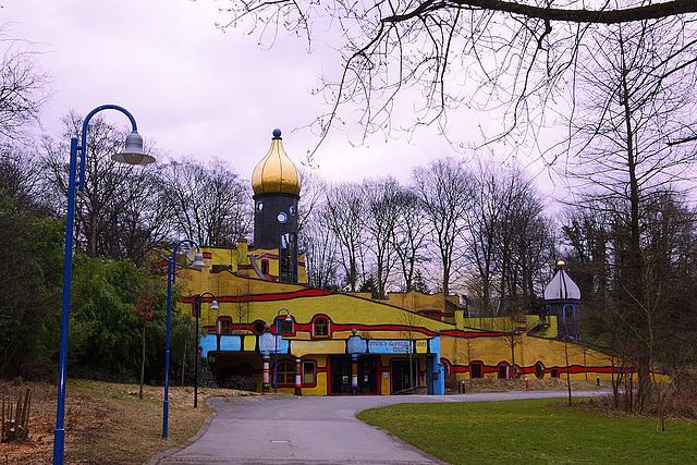 20110206 9626RAw Hundertwasser-Haus, Gruga-Park