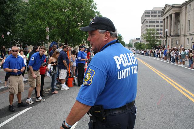 94.Pre.PoliceUnityTour.NLEOM.WDC.12May2010