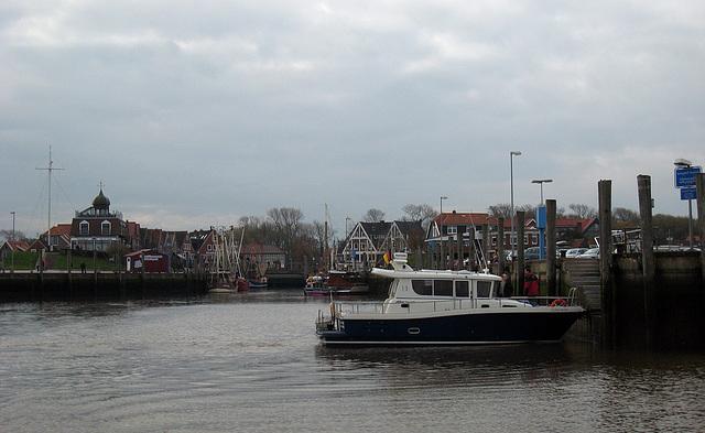 IMG 3956 Hafen Neuharlingersiel