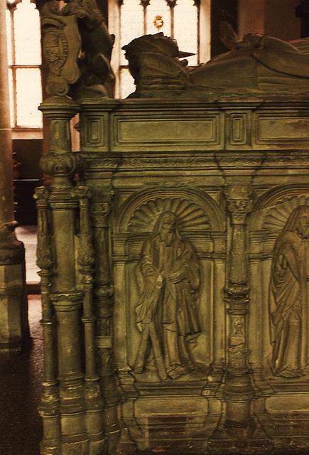 framlingham 1554 norfolk tomb