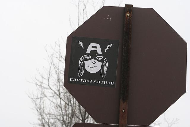 01.CaptainAuturoSticker.NationalMall.WDC.28March2009