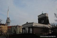 Prague Zizkov  a gauche la tour de TV