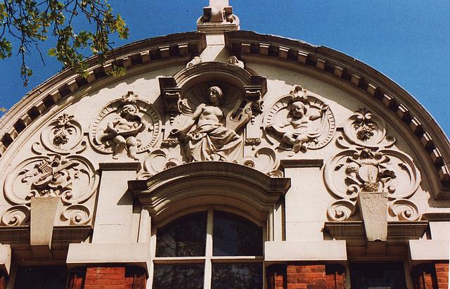 london, east ham college