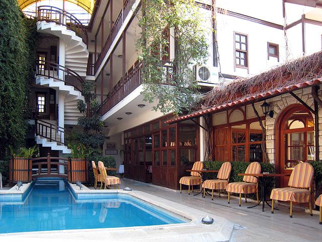 IMG 1625 Hotelinnenhof