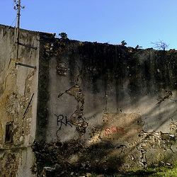 Benfica, remains of an old farm (1)