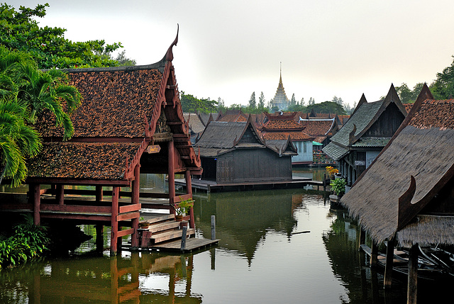 View to the Floating Market ตลาดน้ำ