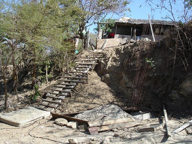 Sur le chemin entre Zipolite et Puerto Angel, Oaxaca. Mexique / 24 janvier 2011.