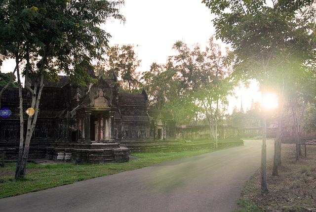 Sunset at Prasat Sadok Kok Thom, Sa Kaeo  ปราสาทสด๊กก๊อกธม สระแก้ว