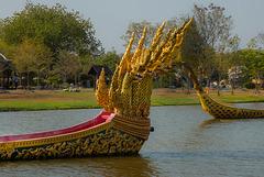 Thai barge bows Anantanakkharat ขบวนเสด็จพยุหยาตรา
