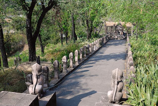 Prasat Phra Wihan (Preah Vihear) Second pillered causeway