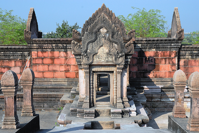 Prasat Phra Wihan (Preah Vihear) south entrance into the Gorupa complex