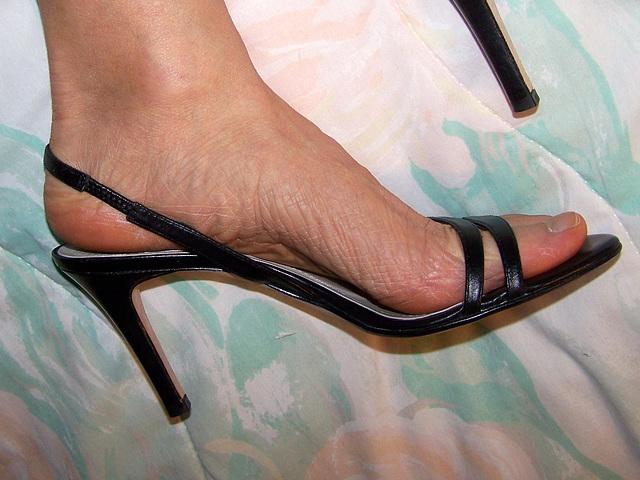 ann taylor heels (F)