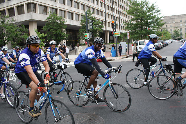 75.BicyclistsArrival.PUT.NLEOM.WDC.12May2010