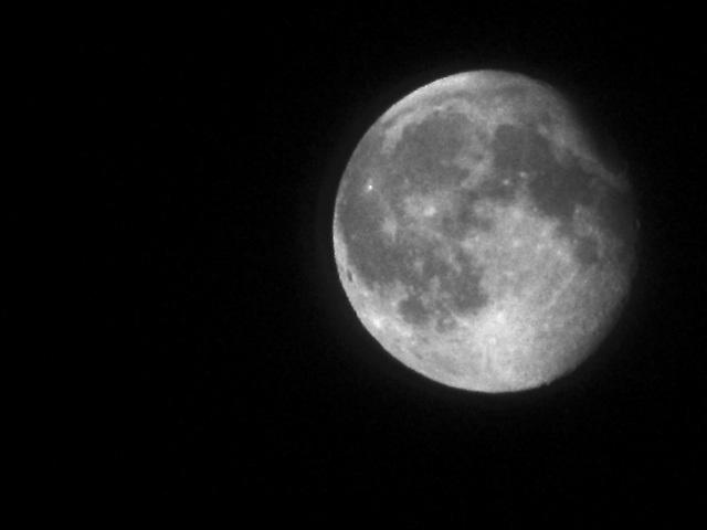 IMG 1301 Mond
