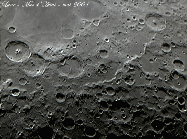 Lune - Mur d'Altaï - mai 2004