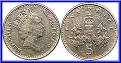 Royaume Uni 5 Pence 1990 ( 3eme Effigie Petit Module )