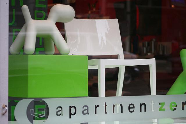 04.ApartmentZero.406.7th.NW.WDC.28March2009