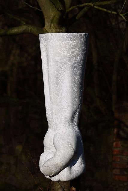 20110110 9242RAw [D~LIP] Skulptur, Faust