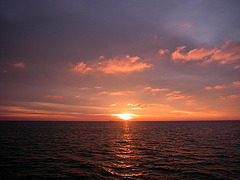 Sunset at the ocean skyline