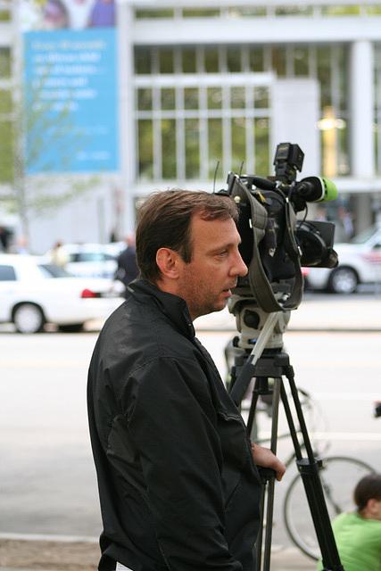 50.NewsGatherer.IMFWB.MurrowPark.WDC.24April2009