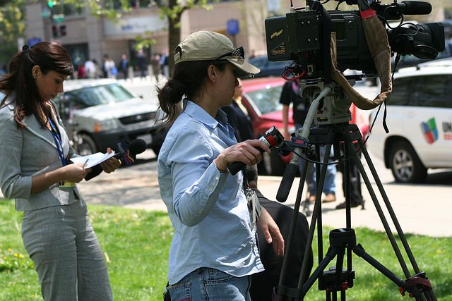 55.NewsGatherer.IMFWB.MurrowPark.WDC.24April2009
