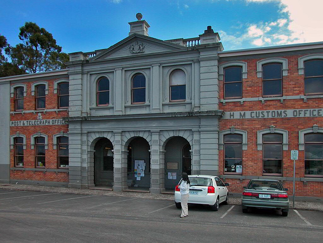 Parish hall and post office in Strahan