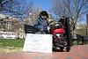 02.HomelessMan.LafayettePark.WDC.19March2006