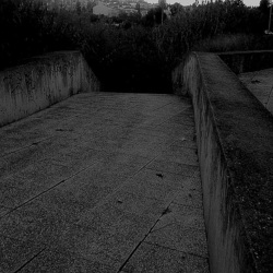 Threshold (4)