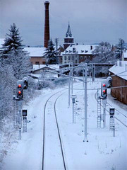 Vue sur le clocher de St Martin, par dessus la voie ferrée