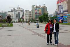 Salama und Diane, our friend in Xining