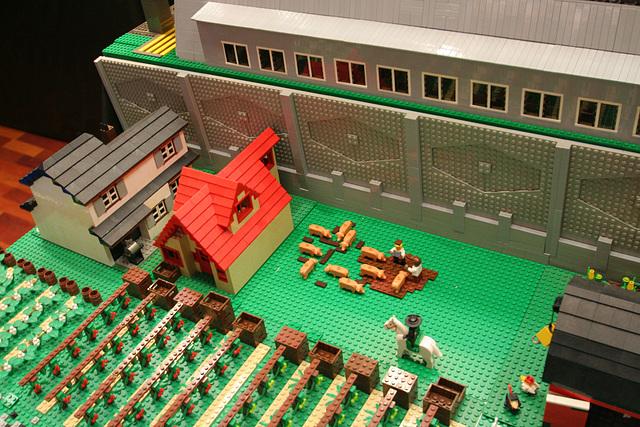 ipernity: San Diego Model Railroad Museum - Lego Pigs (8707) - by ...
