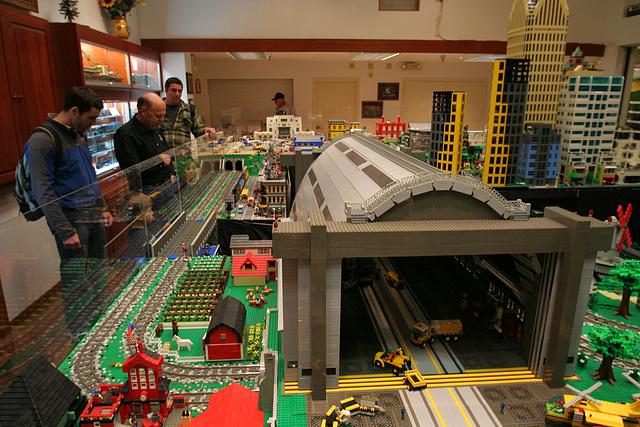 ipernity: San Diego Model Railroad Museum - Legos (8709) - by Ron's Log
