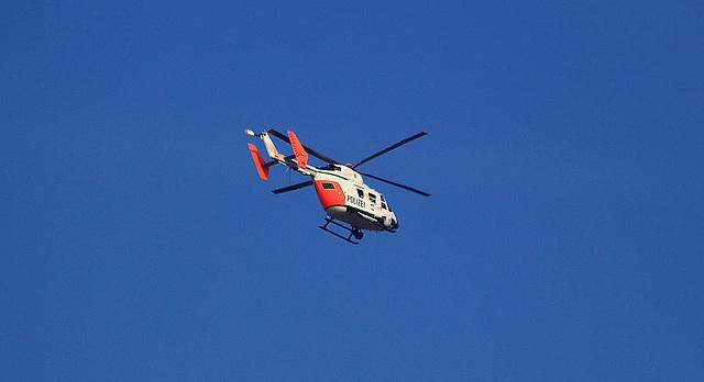 20110130 9553RAw [D~MH] Polizeihelikopter