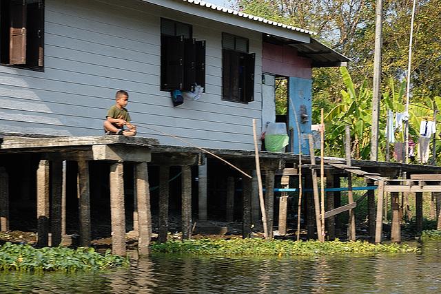 Local resident boy at Khlong Saen Saeb