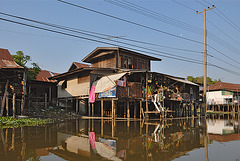 Inhabitation along the Khlong