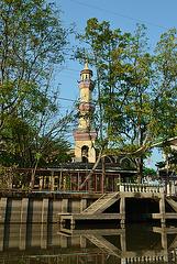 Alhutsana Mosque