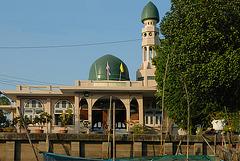 Darunna Im Mosque and no worshipper