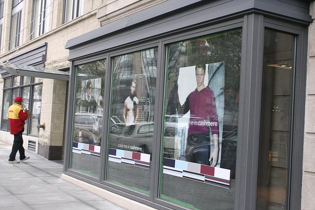 13.Windows.14thStreet.NW.WDC.12November2007