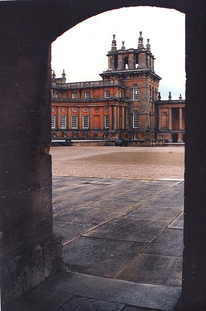 blenheim palace  1705-22 vanbrugh + hawksmoor
