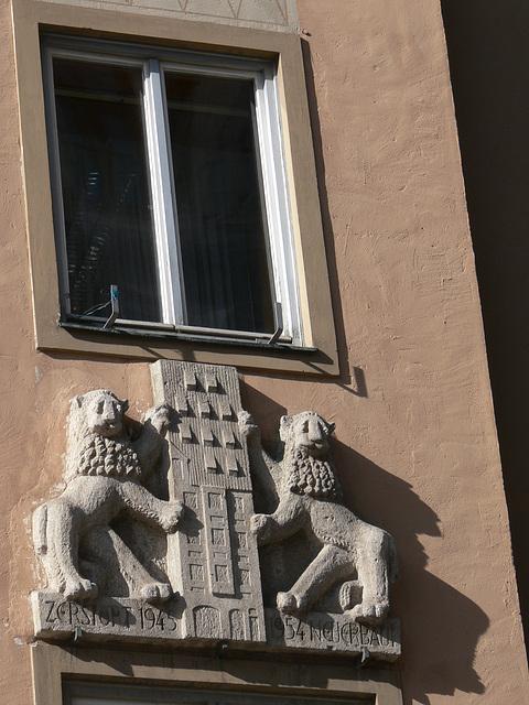 München - Fenster/Fassade am Marienplatz