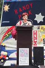 03.17.AIDS.20Years.Vigil.WDC.3June2001