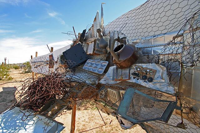 Noah Purifoy Outdoor Desert Art Museum (9950)