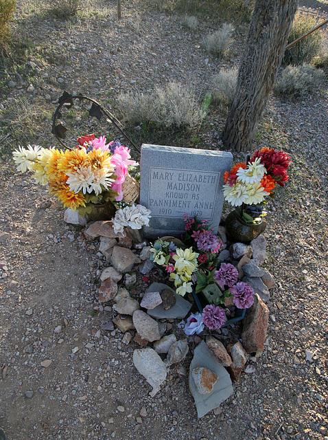 Bullfrog-Rhyolite Cemetery - Panamint Anne (9617)