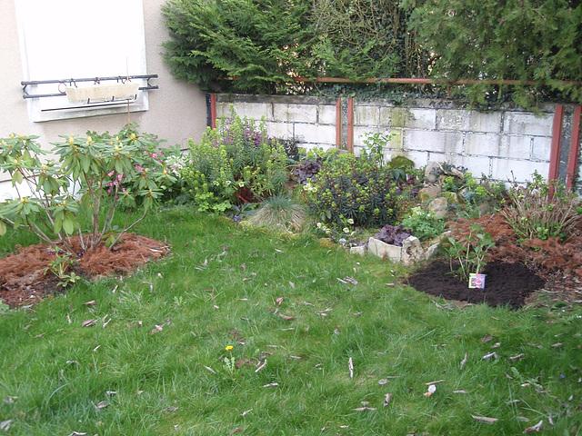 jardin devant P4051083