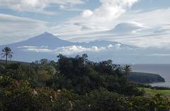 Der Teide auf der Nachbarinsel Tenerife an einem klarem Tag mit besonderer Sicht... ©UdoSm