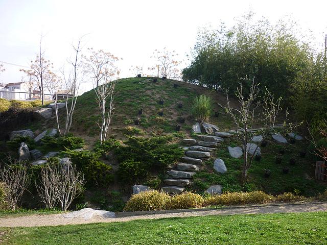 Rocaille provençale dans le Parc du XXVIème centenairese